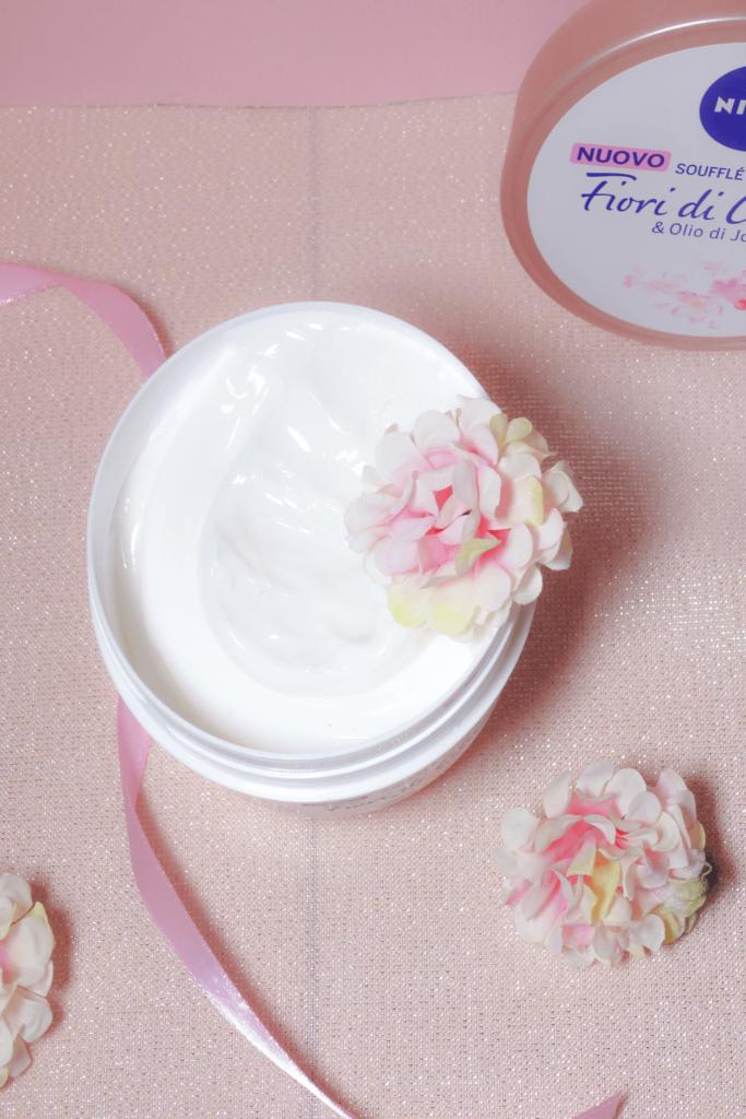 Crema corpo Nivea Soufflé
