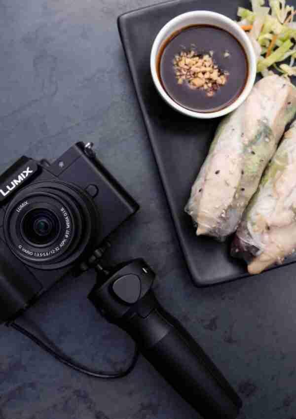 Nuova Panasonic Lumix G 100 la Mirrorless dedicata ai blogger e vlogger
