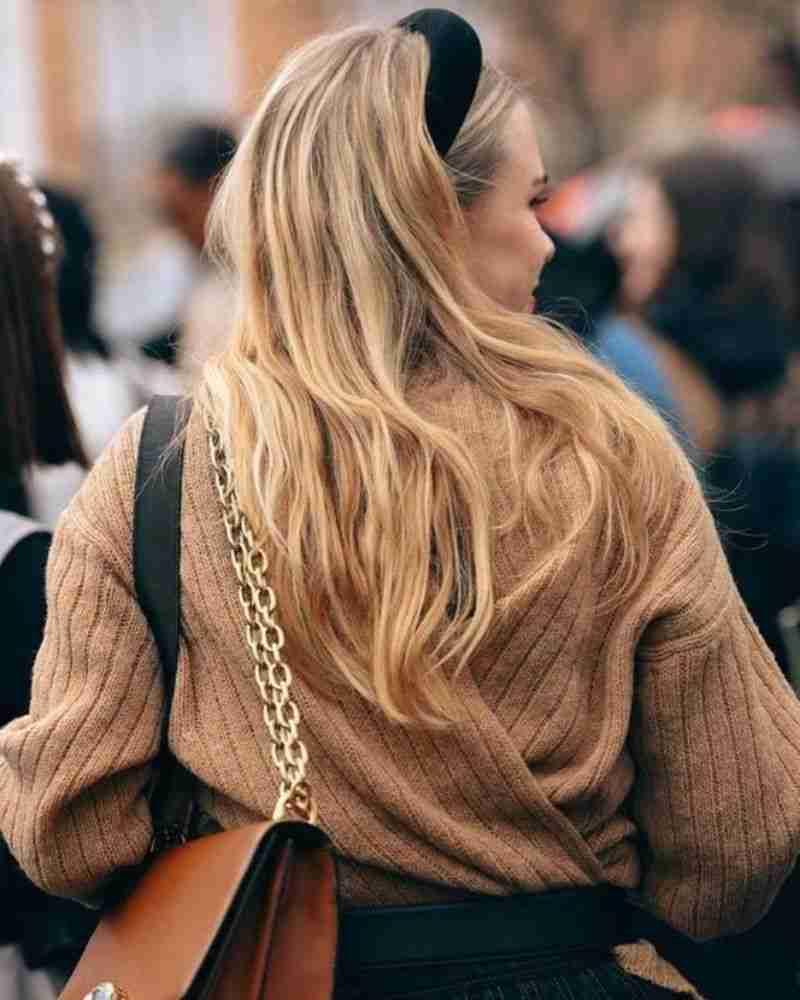 Come proteggere i capelli dalle aggressioni dei raggi solari